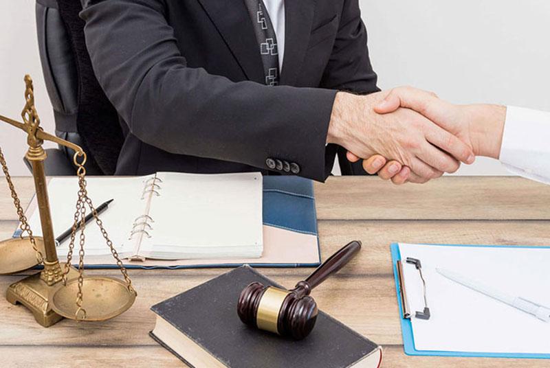 وکیل حقوقی پایه یک دادگستری در مشهد